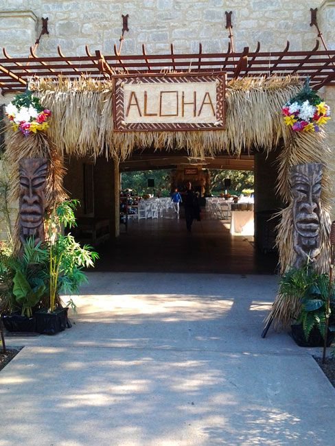 Houston luau party props and decoration setups for all your Houston Luau Parties in Texas
