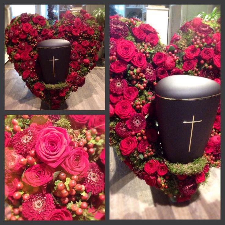Blumen Schepper  Trauerfloristik  Beerdigung Blumen