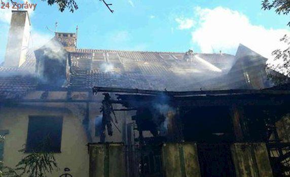 Záhadný požár nejslavnější brněnská vily: Žhářství, pojišťovací podvod, nebo náhoda?