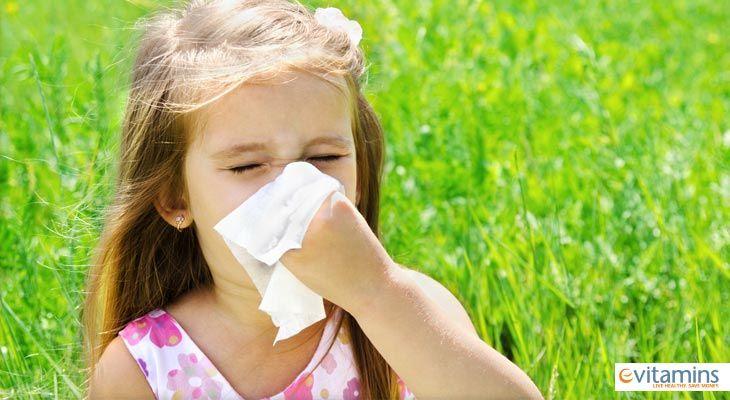 Βλέποντας το παιδάκι σας να υποφέρει απο τις ανοιξιάτικες αλλεργίες σας σπαράζει η καρδιά. Σε αυτό το άρθρο, σας έχουμε μερικές φυσικές θεραπείες που μπορείτε να τις δοκιμάσετε στο παιδί σας κατά τη διάρκεια της αλλεργίας.