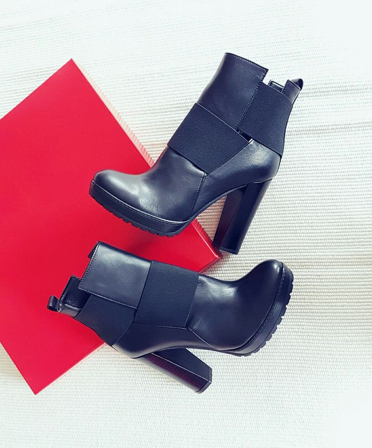 fashion black ankle booties