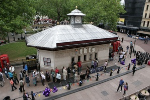 OLT TKTS - Queue in Leicester Square @Tracy Conley West End, theatres and shows