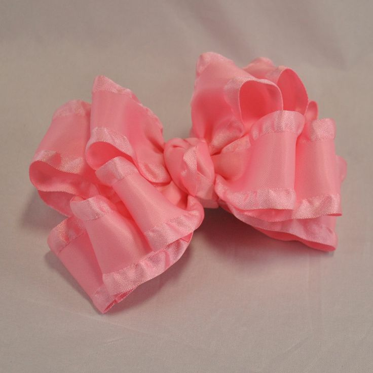 HairBow Center Blog Spot | Double Ruffle Stacked Bow