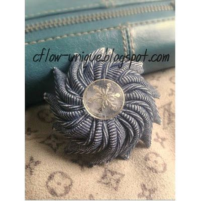 Tiger Nail Brooch  Follow the trend! Try to make this brooch. Because there is no ribbon, so I made it of jeans that are cut lengthwise like a ribbon. Although it looks difficult, but makes this flower is very easy and quick.