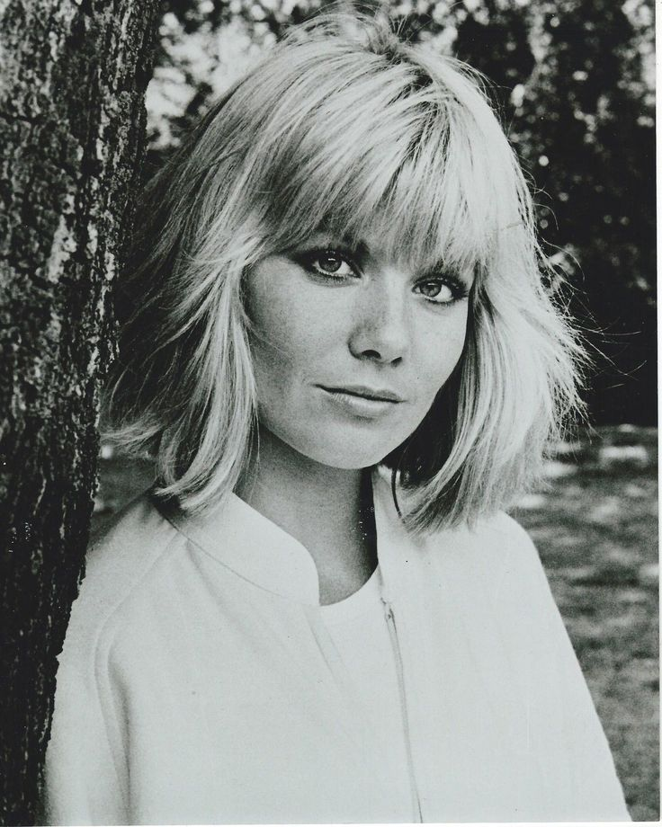 "79 GLYNIS BARBER 8""X 10"" MINT PHOTO 