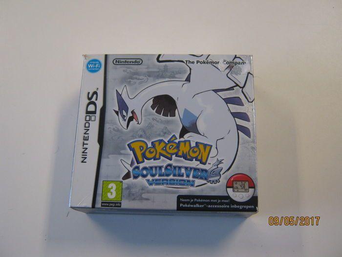 DS Pokemon Soulsilver met zak walker - doos.  Pokemon soulsilver volledig boxed incl. pokewalker.  EUR 30.00  Meer informatie