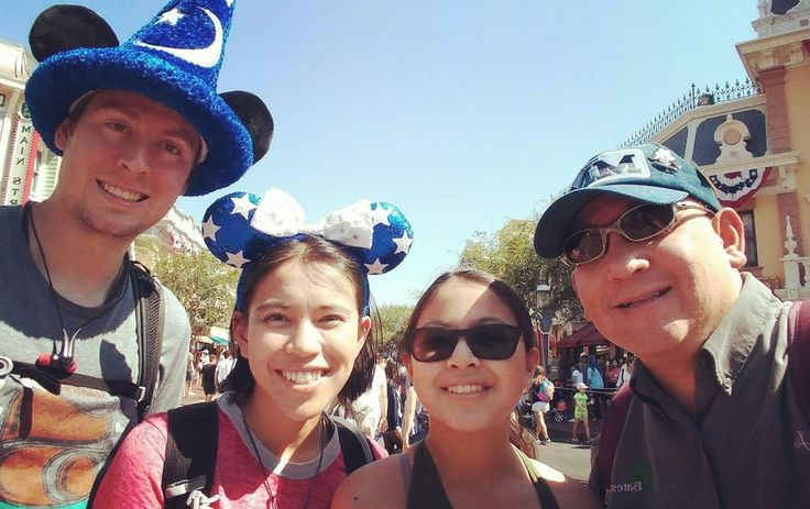 You know you want to read the rest 👉 5 Silly Things We Do at Disneyland Pt.1 http://thatlilmouse.com/5-silly-things-we-do-at-disneyland-pt-1/?utm_campaign=crowdfire&utm_content=crowdfire&utm_medium=social&utm_source=pinterest