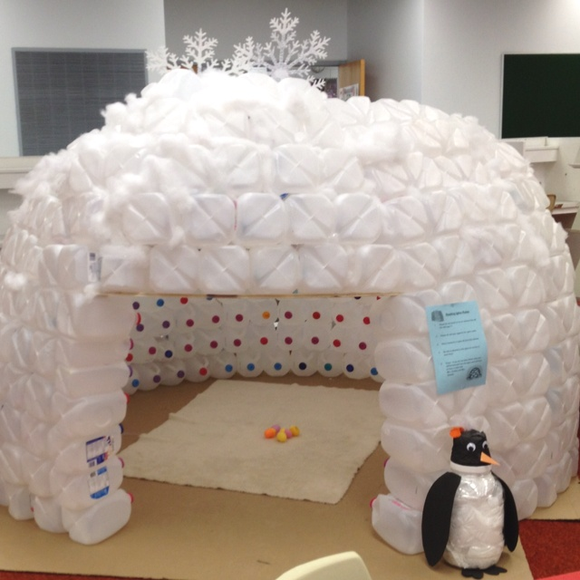 17 best images about milk jug igloos on pinterest dovers for How to build an igloo out of milk jugs
