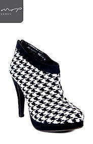 HOUNDSTOOTH SHOOT