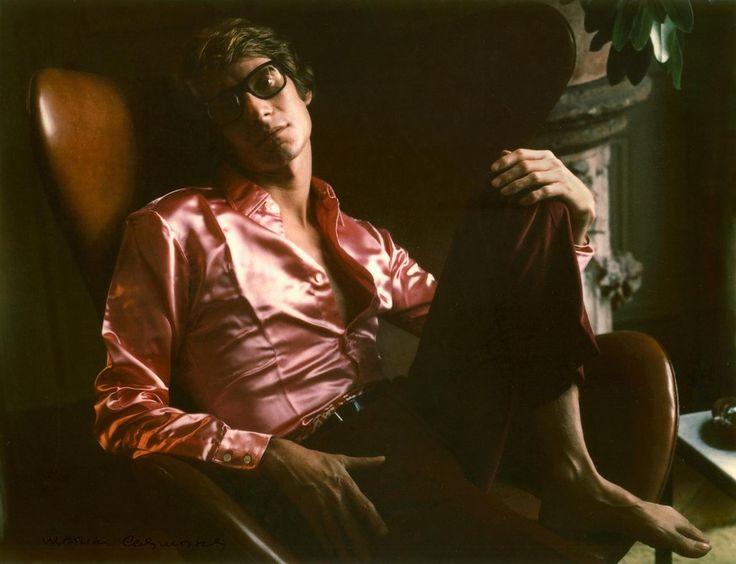 Ив  Сен  Лоран  1968  Пионер цветной фотографии Marie Cosindas - Неспящие в Торонто