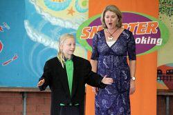 KGM-0012567 © WestPix West Australian Opera at Hannans Primary School, Chloe Stump 8 and Penelope Reynolds.