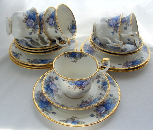 Royal Albert Blue Moonlight Roses 6 Trios (Cup, Saucer, Plate) 1st England 1987