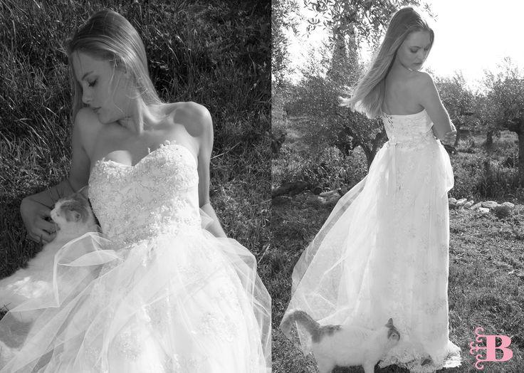 Shea bridal gown.Bachdi collection 2017 for Nymphi label. bridal. gown. lace. bespoke. surmesure.