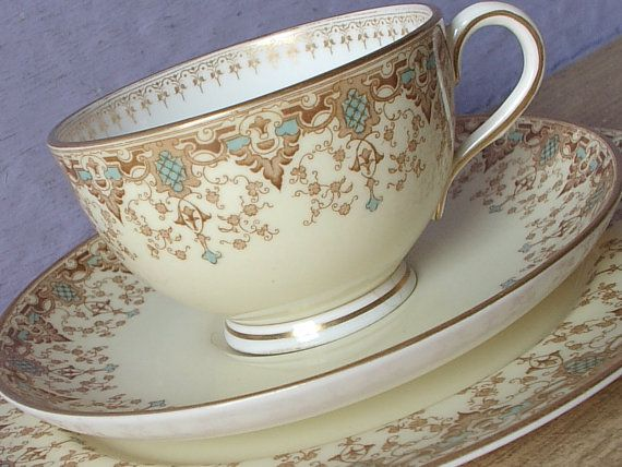 Antique 1890's Royal Worcester tea cup trio, Antique Tea cup and saucer plate set, Art Nouveau English china tea cup, Victorian tea cup set
