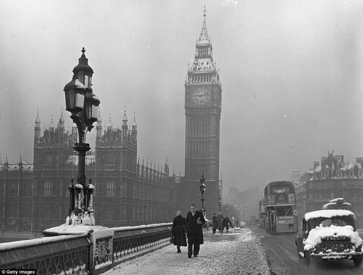 Westminster Bridge c.1950.