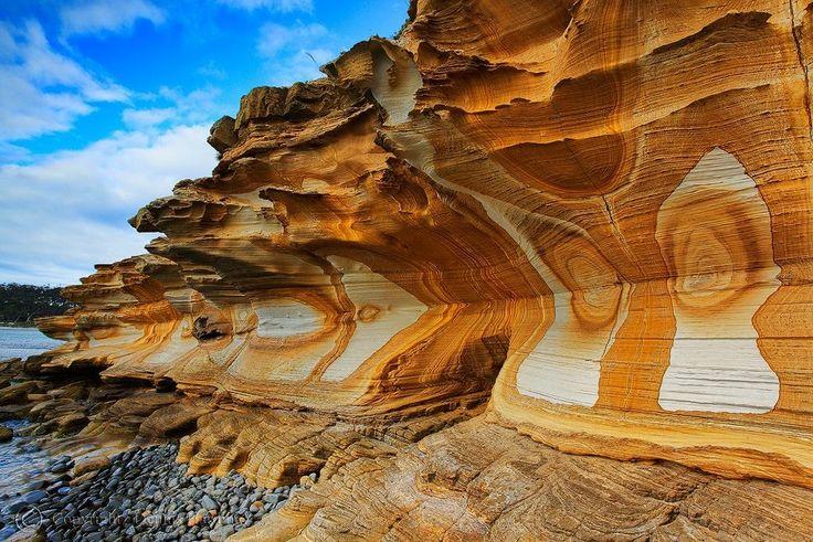 Painted Cliffs of Maria Island National Park, Tasmania, Australia