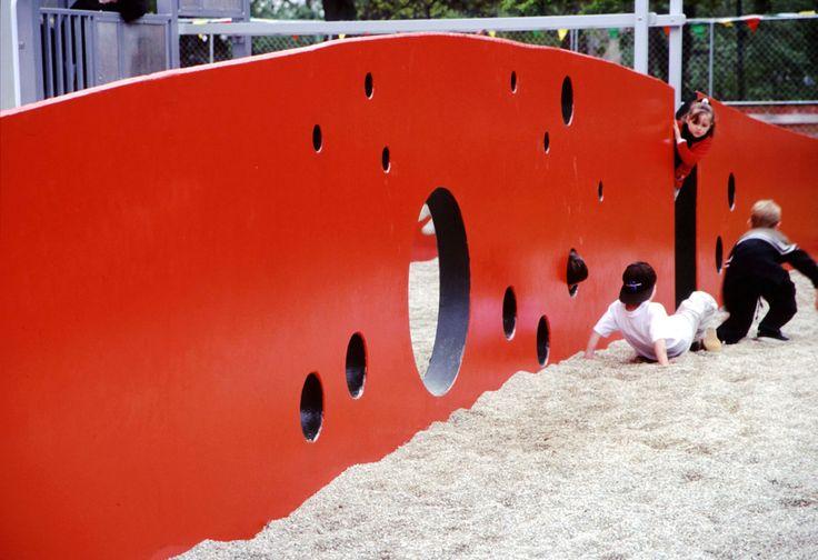 TAYLOR CULLITY LETHLEAN. Carlton Playground. Carlton, Victoria. 2000.
