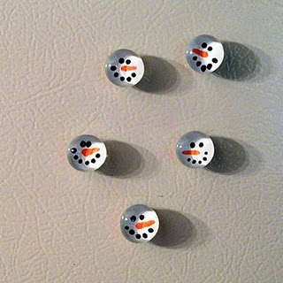 Turn flat marbles into adorable snowman faces