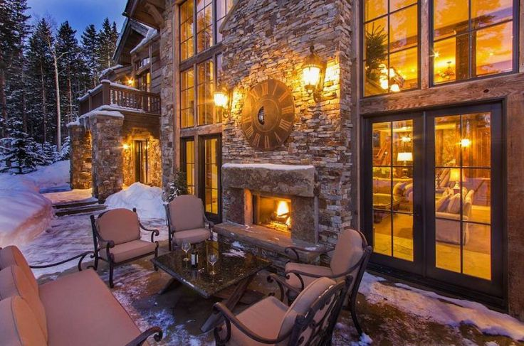 Telluride Retreat Is A Stunning Home In Colorado, USA