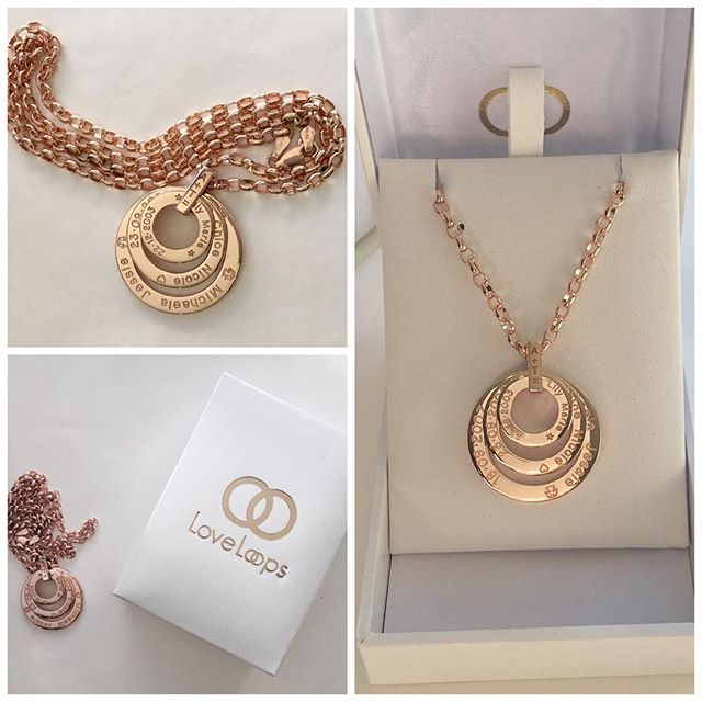 One of our #favourite #mothersday pieces this year! #rosegold Blossom #pendant with heavy #rose #gold chain. Also the link is #engraved for an extra #special touch!