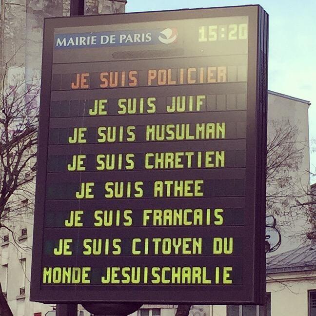 "Clémence Mermoz sur Twitter : ""#LaFranceEstCharlie http://t.co/A0WalPNjiL"" #JeSuisCharlie #charliehebdo"