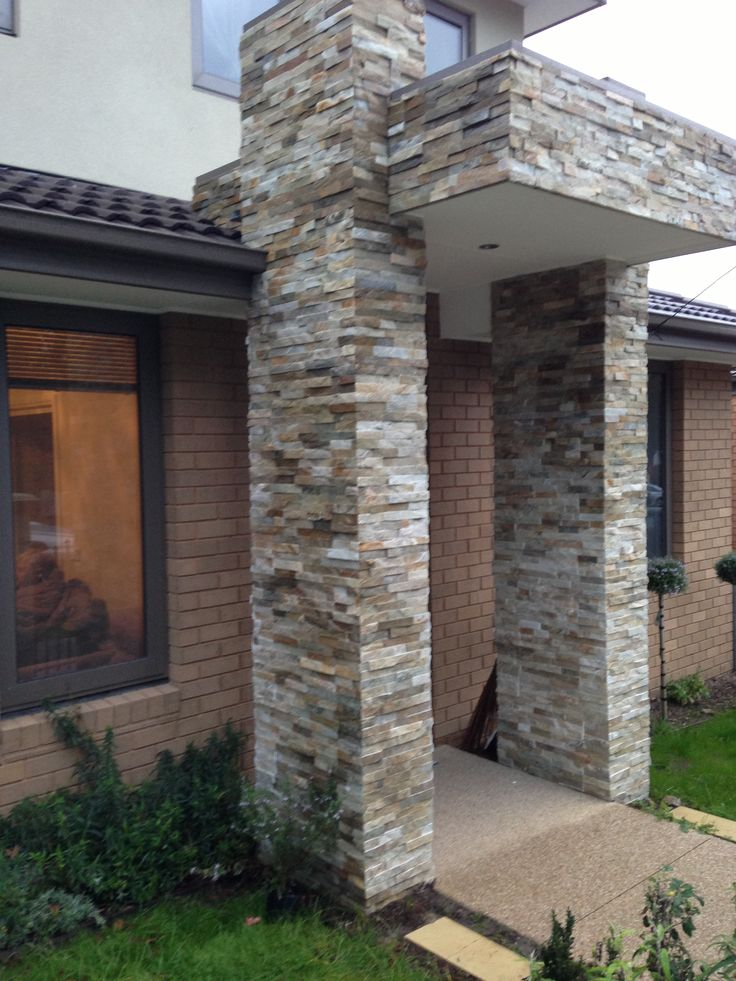 Using natural #stone #cladding is non-fading and long lasting, which is why it is used on feature walls on so many new homes. It also has a #natural aesthetic appeal which helps give buyers a positive first impression.
