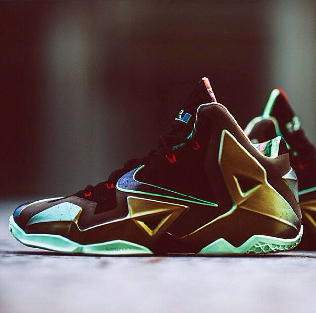 on sale f797f dfd7b Lebron s new shoes look nice ...