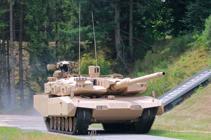 Rheinmetall Defence hat fast unbemerkt den Kampfpanzer Leopard 2 weiterentwickelt. Das Update kommt 2018 zur Bundeswehr.