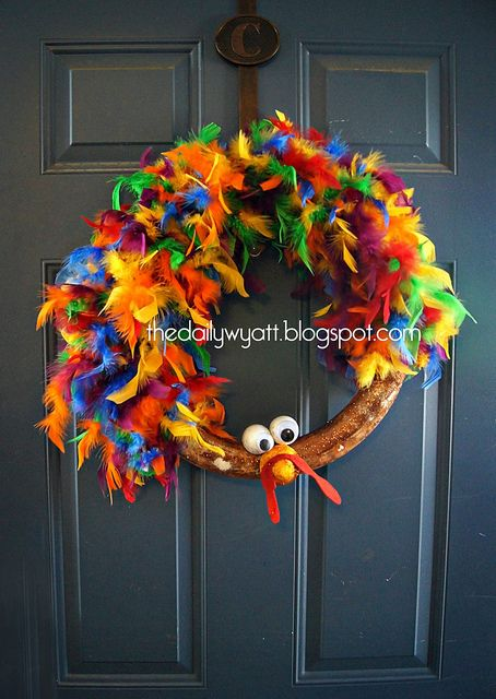 less then 10 minutes dyi turkey wreath