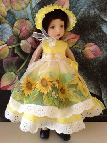 """PAINTING-DRESS-FOR-DIANNA-EFFNER-LITTLE-DARLING-13"""" DOLL"""