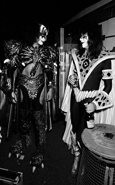 Gene Simmons & Ace Frehley - Backstage - European 'Unmasked' Tour 1980