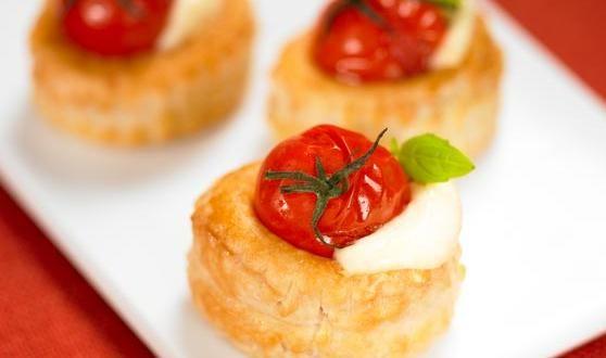 Mozzarella and Roasted Tomatoes Vol-au-vent Recipe –