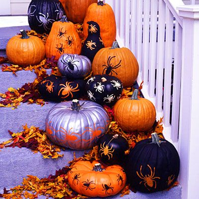 Painted pumpkinsPumpkin Crafts, Halloween Parties, Painting Pumpkin, Decor Ideas, Spiders, Dresses Up, Decor Pumpkin, Halloween Pumpkin, Stencils