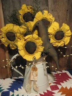 Sunflower table arrangement by Olde Annie Primitives