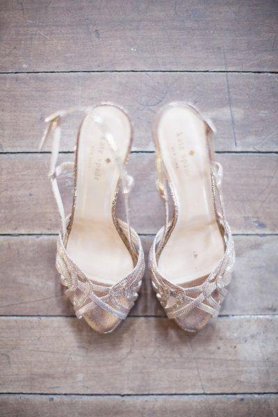 golden heels by Kate Spade Photography by Lori Paladino Photography / loriphoto.com