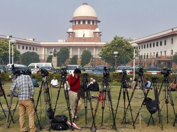 No stay on demonetisation, SC says govt cannot have surgical strike against people