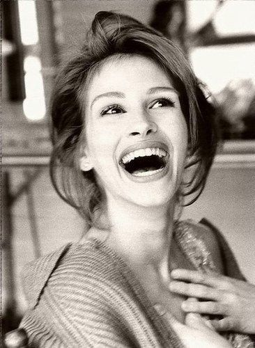 Julia Roberts-- she has one of the best smiles!!
