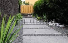 Afbeeldingsresultaat voor terras tegels en grind