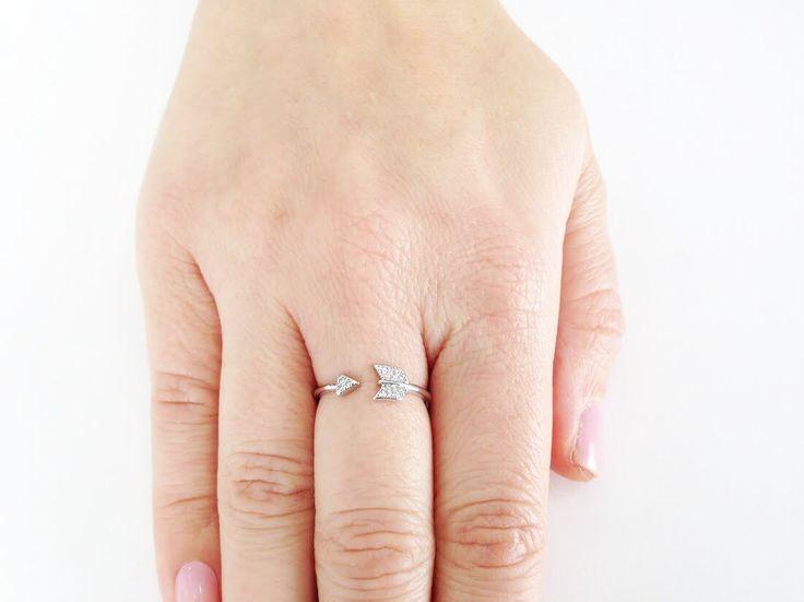 """Lupita"" Silver arrow ring - White Crown SocietyWhite Crown Society"