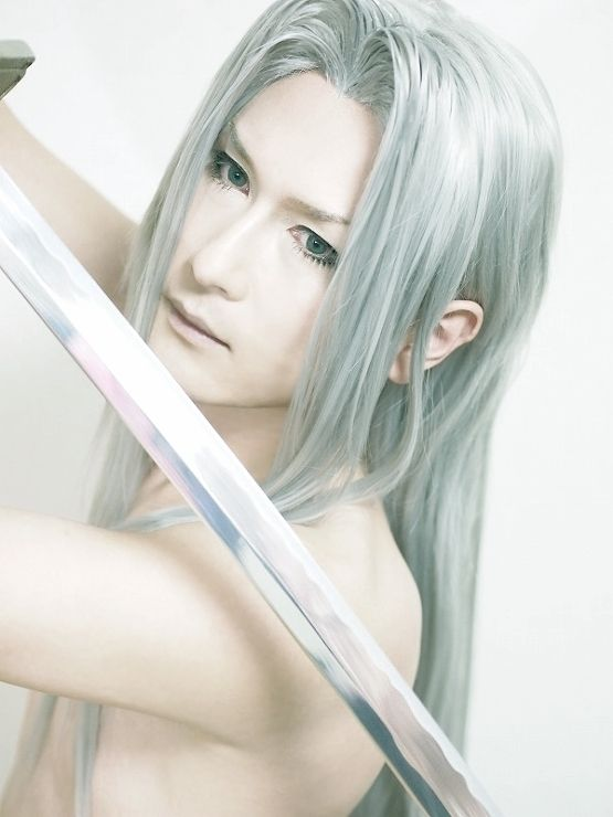 HACUA Sephiroth Cosplay Photo - Cure WorldCosplay