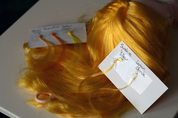 https://flic.kr/p/7YJrXQ | Dollyhair samples for FTS | Sunshine yellow matches the best.