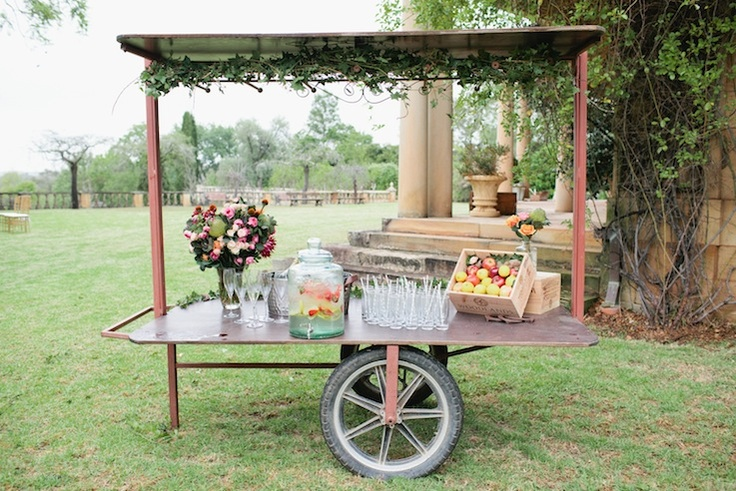 Old cart to decorate as you please