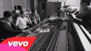one direction little things - YouTube