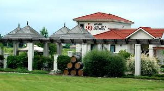 These Canadian celebrities are in the wine business.: Wayne Gretzky Estates Wine