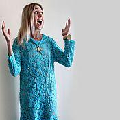 Купить или заказать Платье в стиле бохо 'Серафима медная' в интернет-магазине на Ярмарке Мастеров. Медное солнце Обжигало песок. Знала только я Как ты одинок. Зарезервировано Яркое нарядное платье в медово золотистых медных оттенках в стиле богемного бохо. Отличается своей притягательностью в сочетание материалов, вязаные медного цвета подвязы крючком и два вида трикотажа это ли не шик. Прямое и свободное платье в пол конечно живьем забирает эмоции в восторг. Будьте неповторимы.