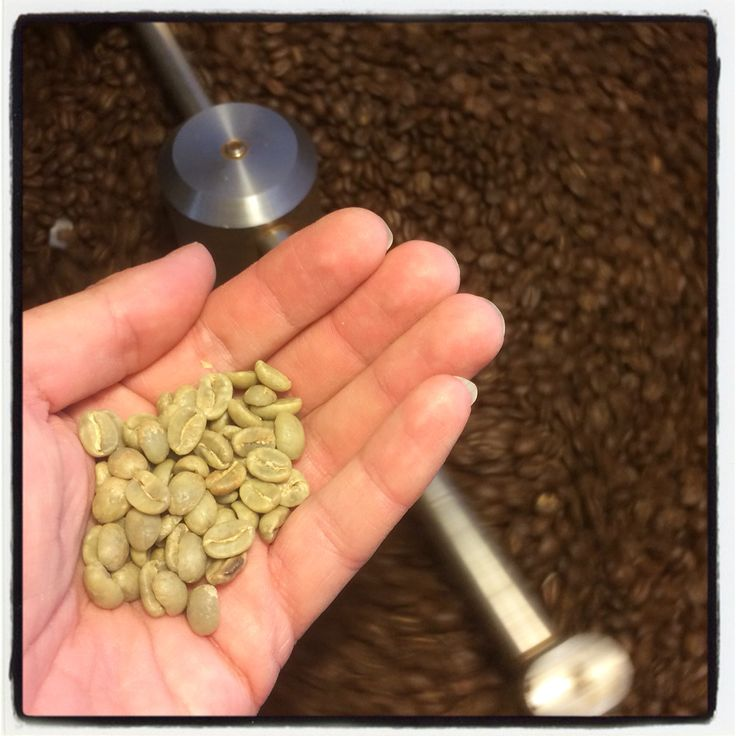 Colombia Supremo Green and roasted Coffee by me