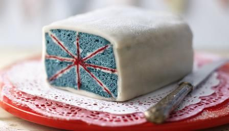 Union Jack battenberg cake...for a Brittish tea party