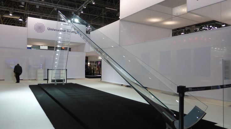 Vidre-Slide - 4 m high glass structure with 9 m long slide made by CRICURSA from our extra clear Pilkington Optiwhite™ - one of the highlights of Glass Technology Live exhibition at #glasstec2016