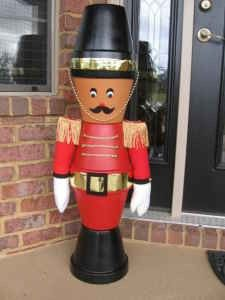 Clay pot nutcracker  (pots are at the 99 cent store) Christmas
