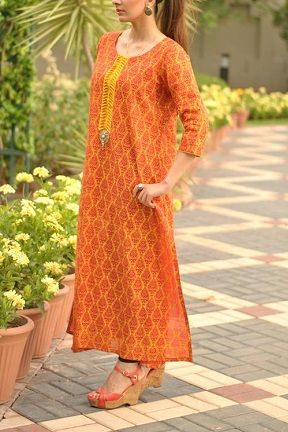 Simple, Clean Cuts by Andaaz Pret-a-Porter http://labelpk.com/latest-eid-2013-collection-by-andaaz-pret-a-porter/